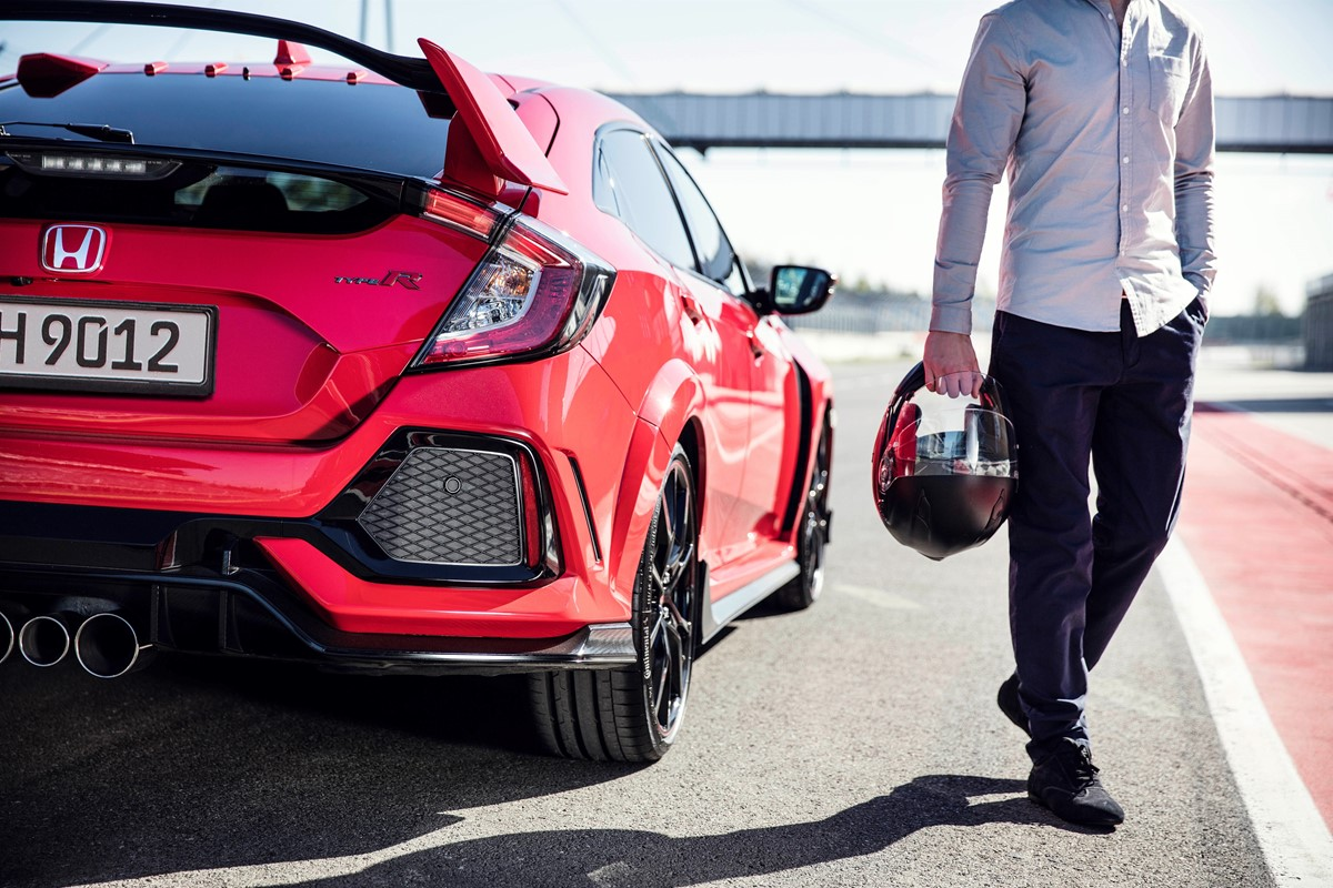 the 2017 honda civic type r could get four wheel drive car keys. Black Bedroom Furniture Sets. Home Design Ideas