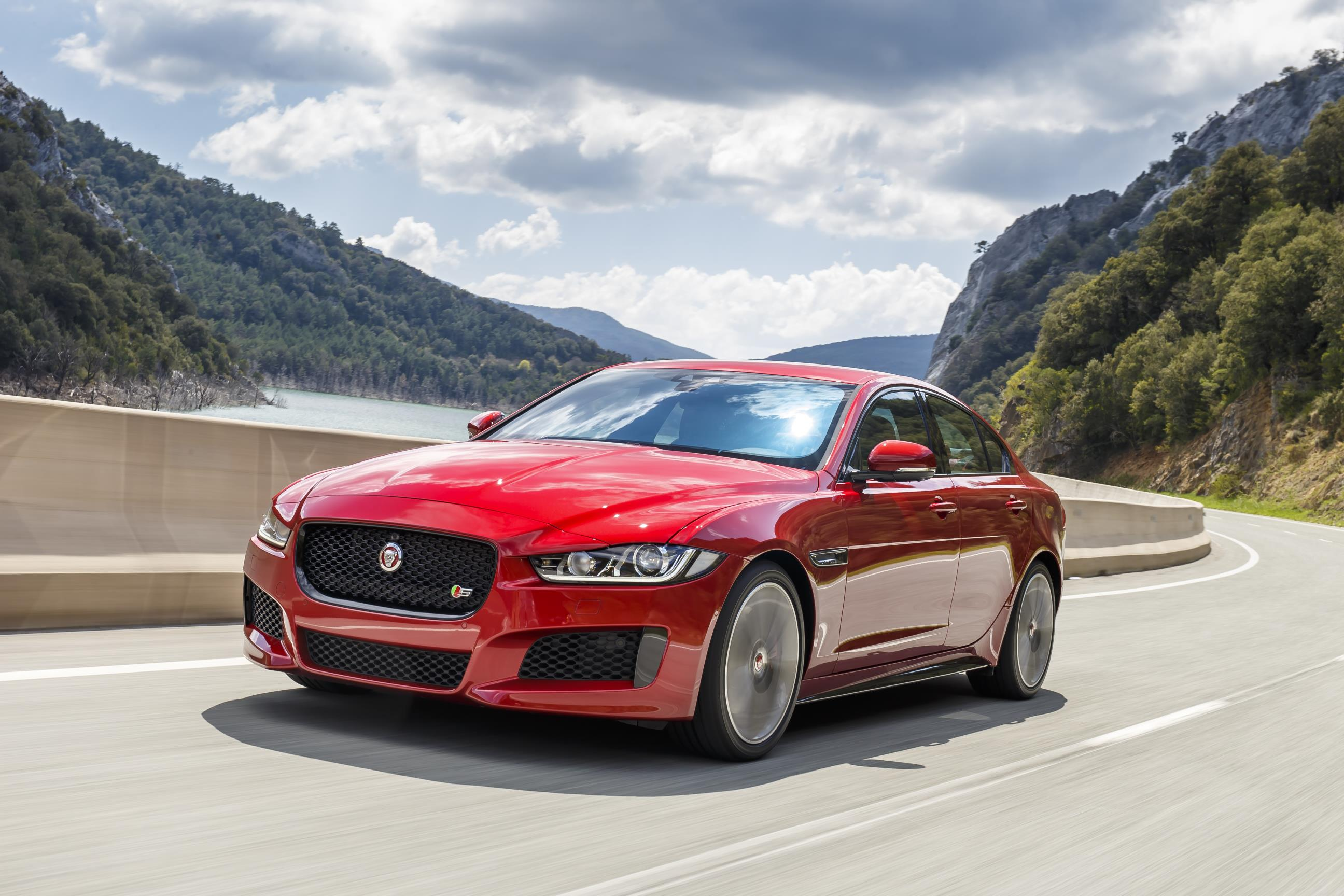 Jaguar XE, XF and F-Pace gain 296bhp 2.0-litre petrol engine