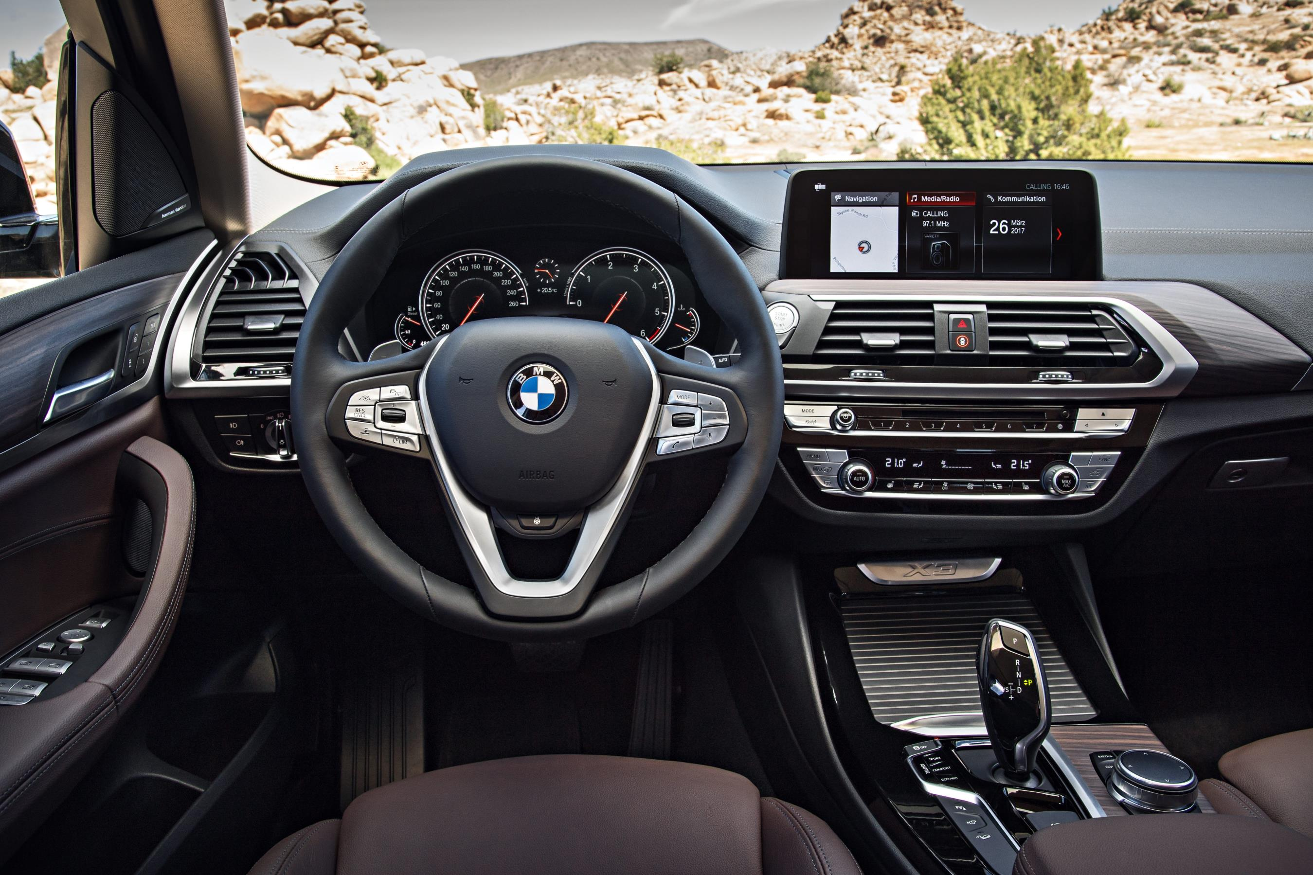 metallic composite awd silver sedan large research series xdrive deals lease sa ny bmw glacier groovecar