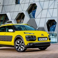 2015 Citroen C4 Cactus Crossover Side View