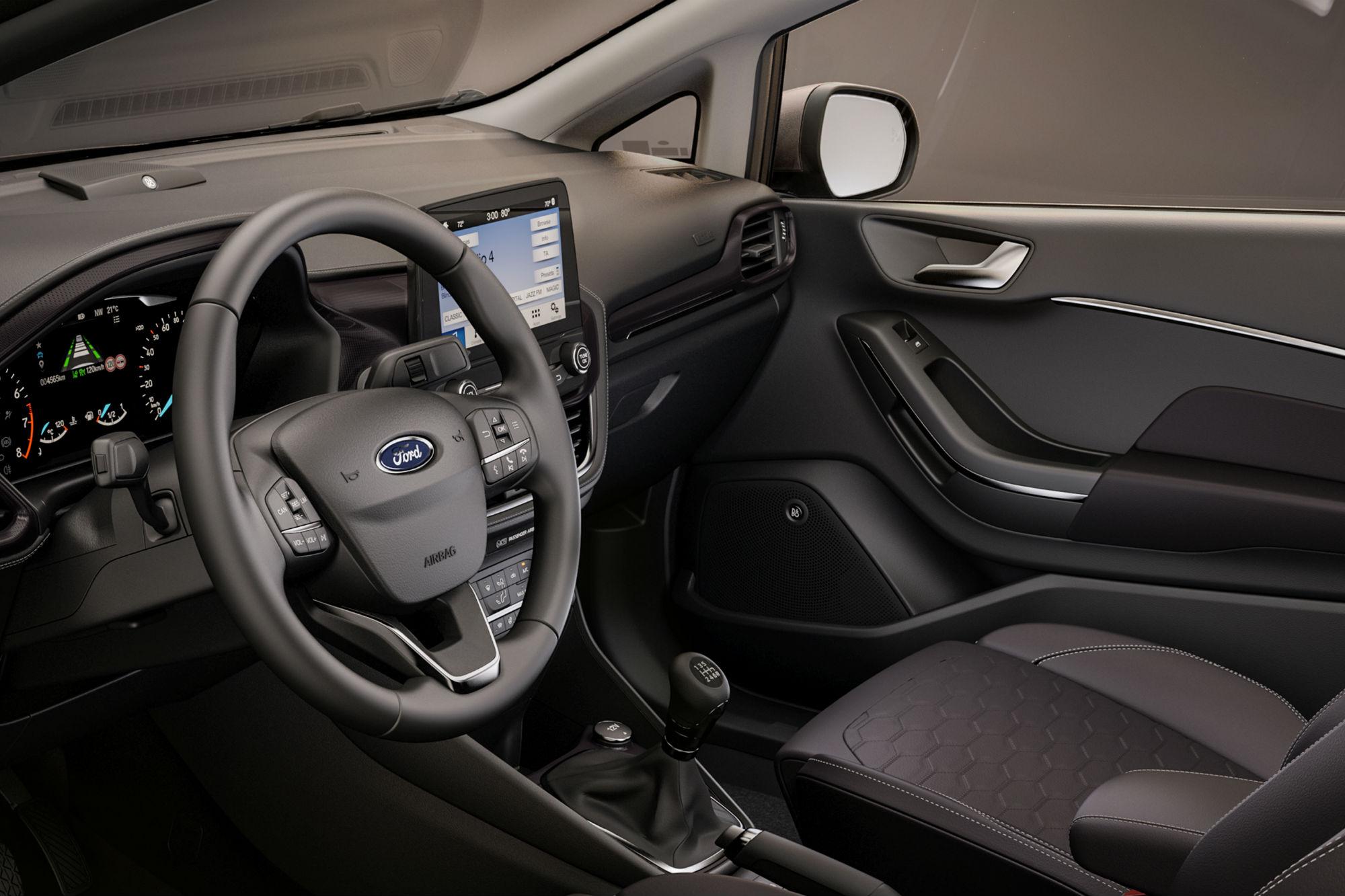 Ford Fiesta Zetec 1.0 EcoBoost 5-Door Hatchback 2017 ...