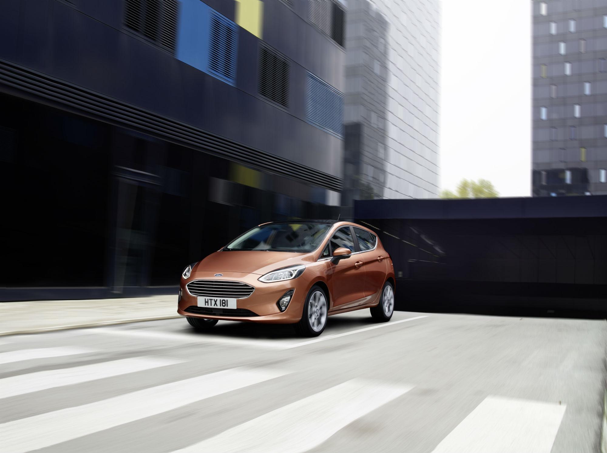 Ford Fiesta Zetec   Door Hatchback  Review