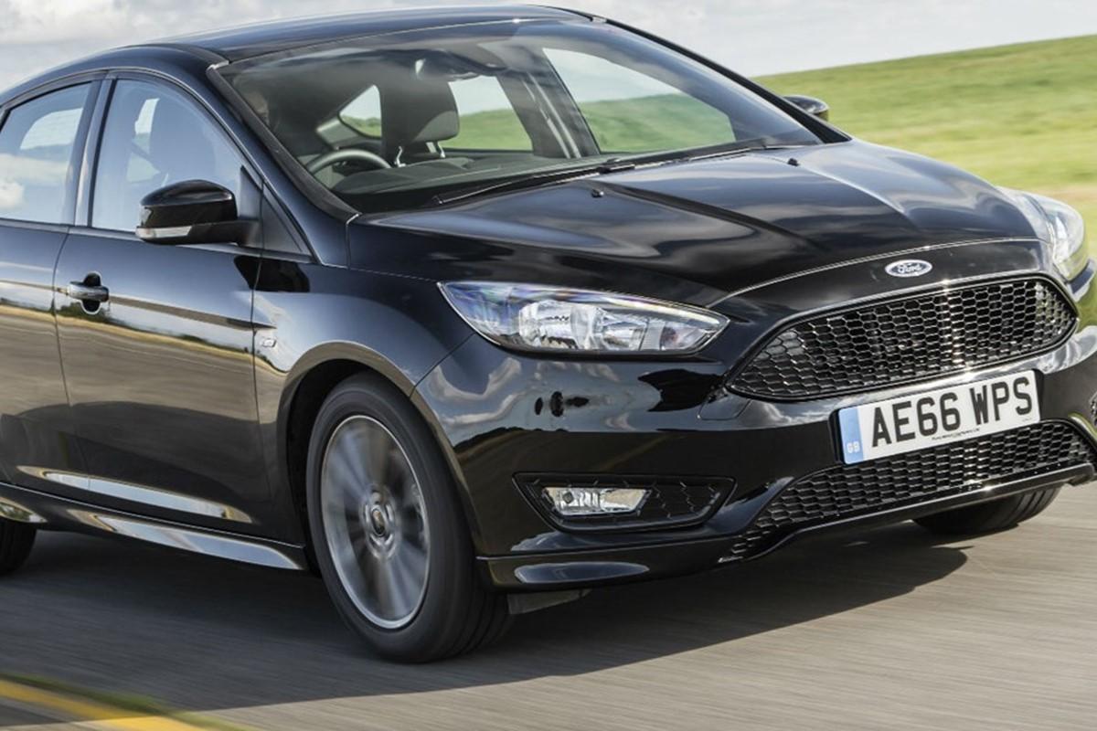 ford focus st line 1 5 ecoboost 150 hatchback review car. Black Bedroom Furniture Sets. Home Design Ideas