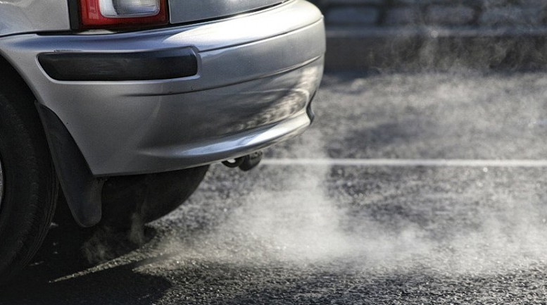 & Smoke from your exhaust explained - Car Keys