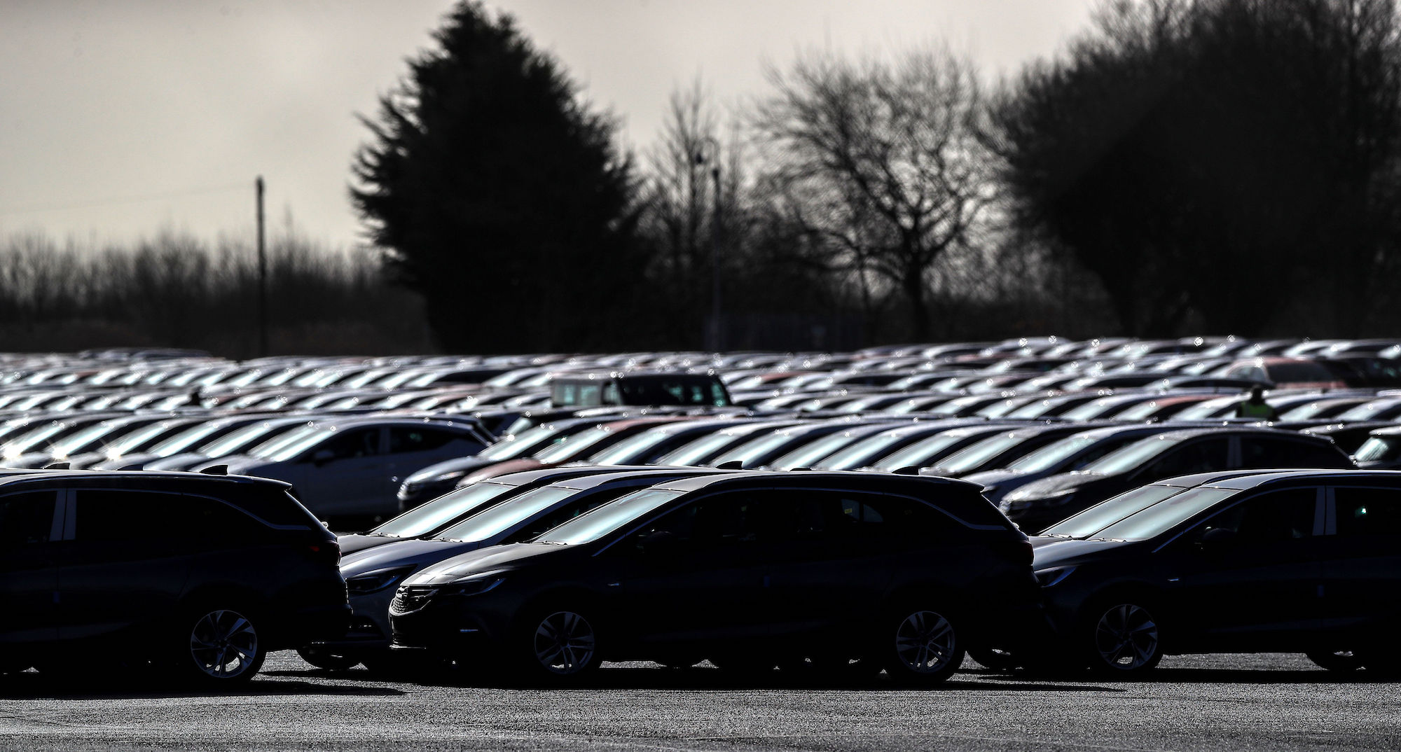 Used vehicle sales in the United Kingdom fall again for Q3