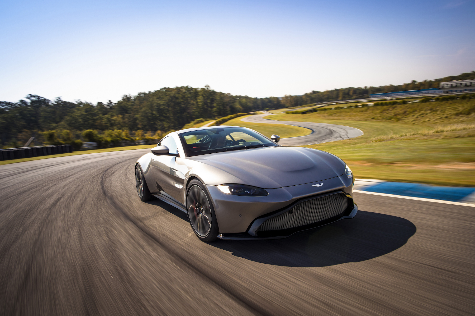 Aston Martin reveals aggressive new Vantage