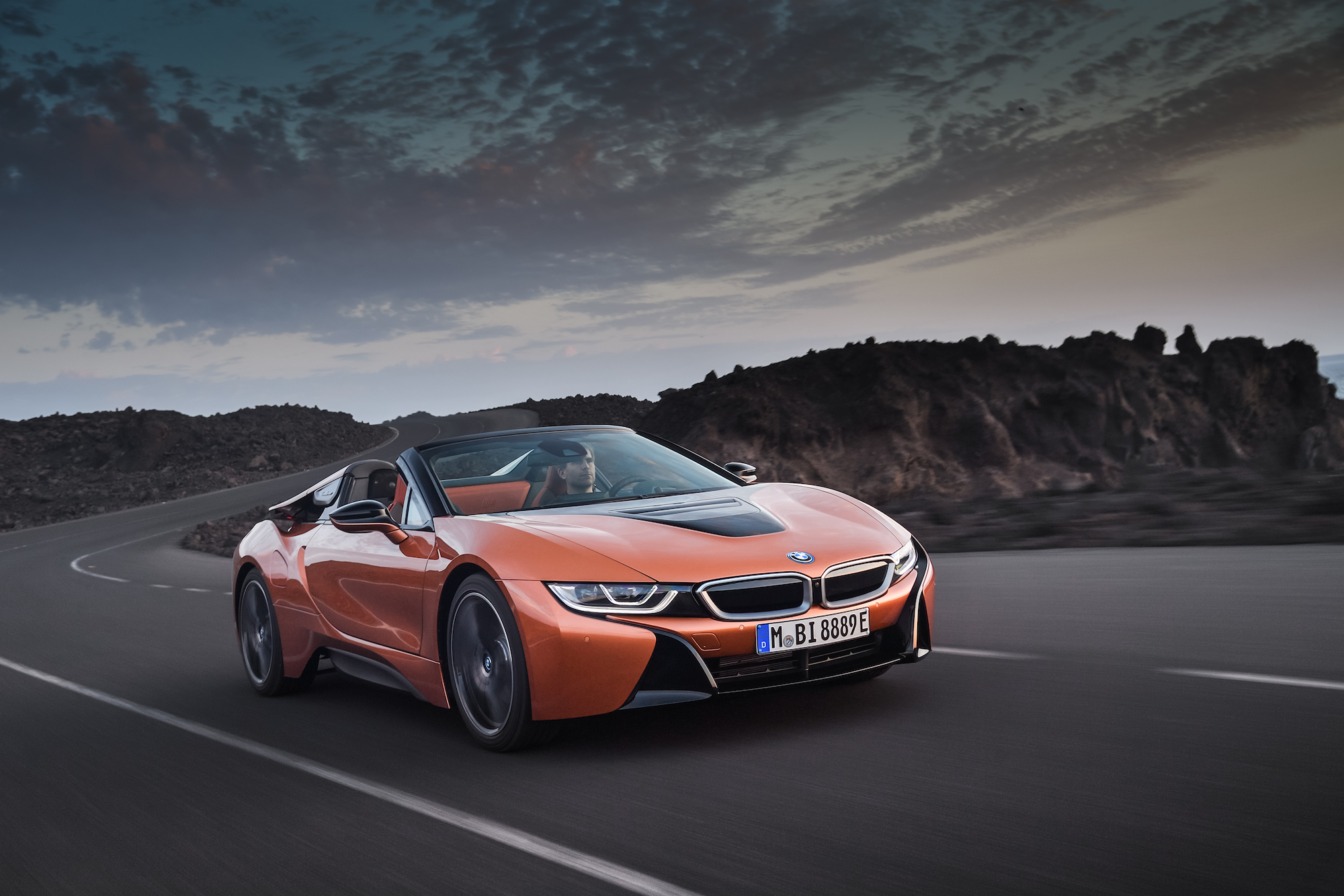 BMW takes covers off i8 Roadster