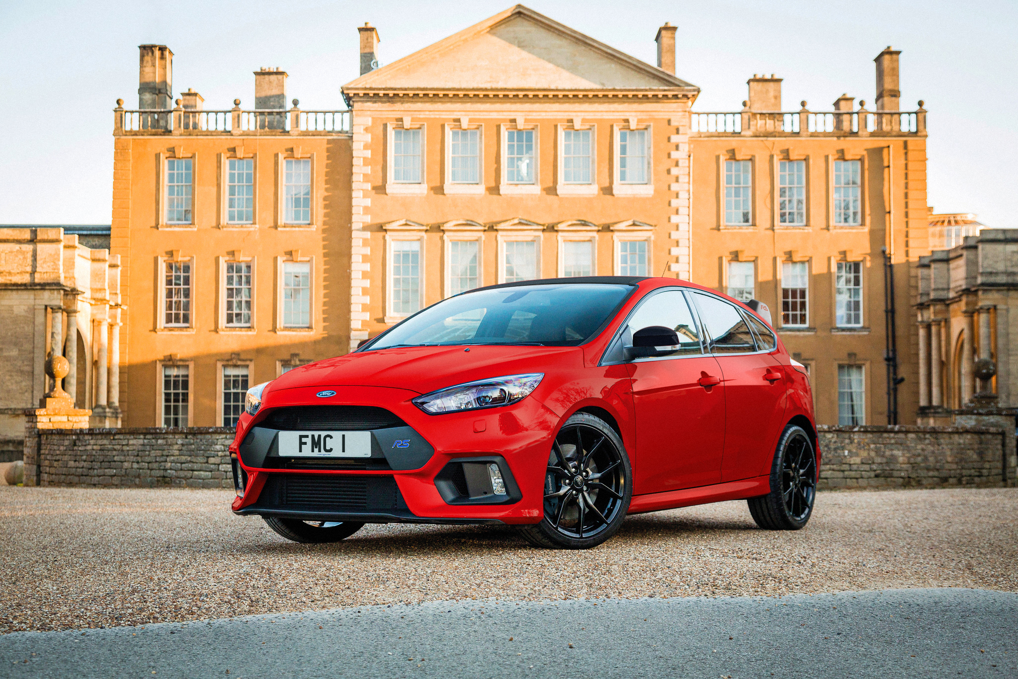 Ford Focus RS Red Edition is clearly Rudolf's nose…