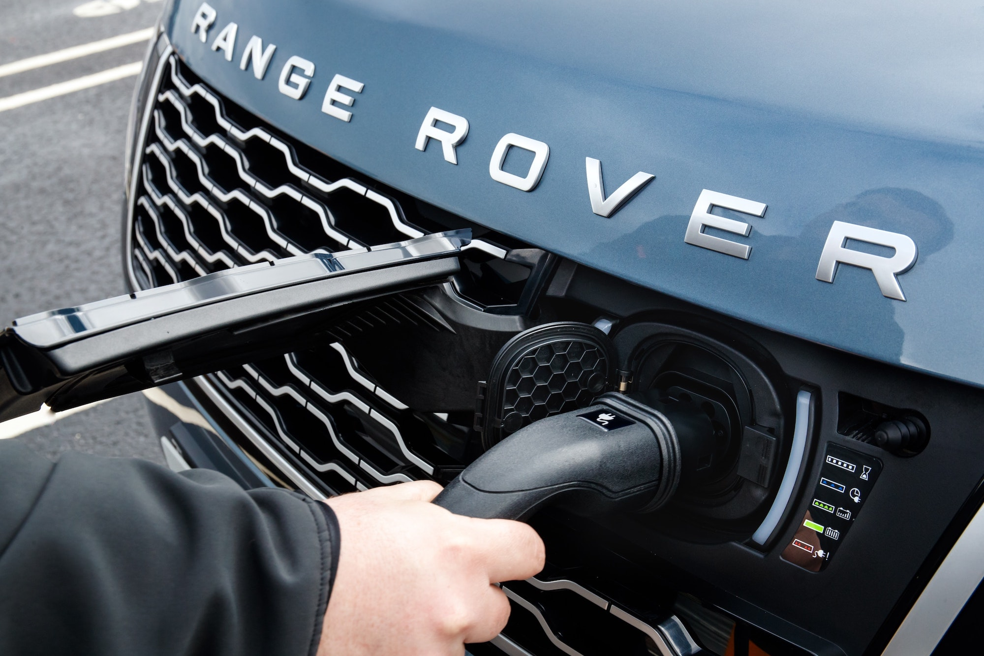 Convertible Range Rover Evoque SUV launched at Rs 69.53 lakh