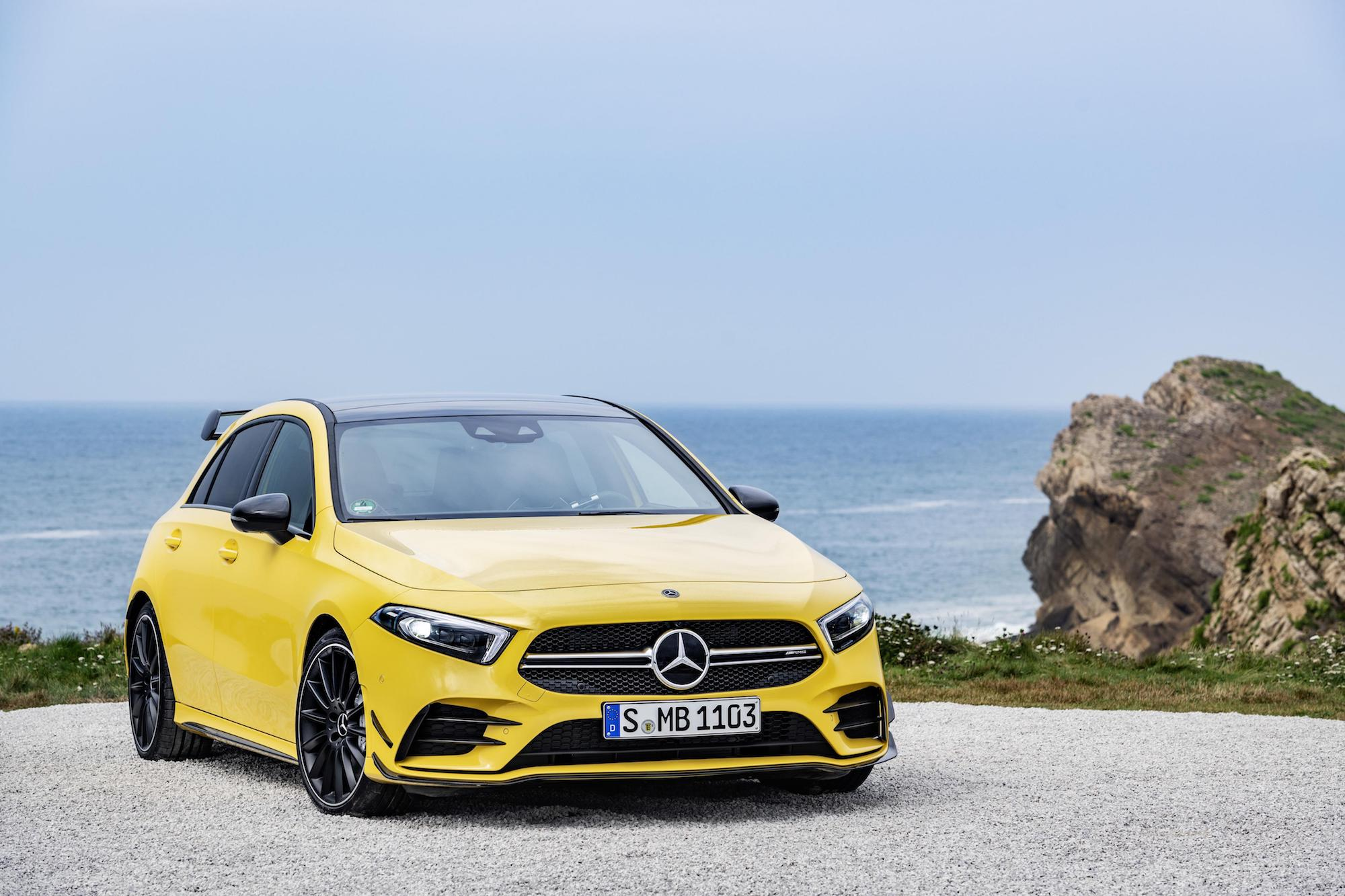 Mercedes-AMG A35 finally revealed with 225 kW