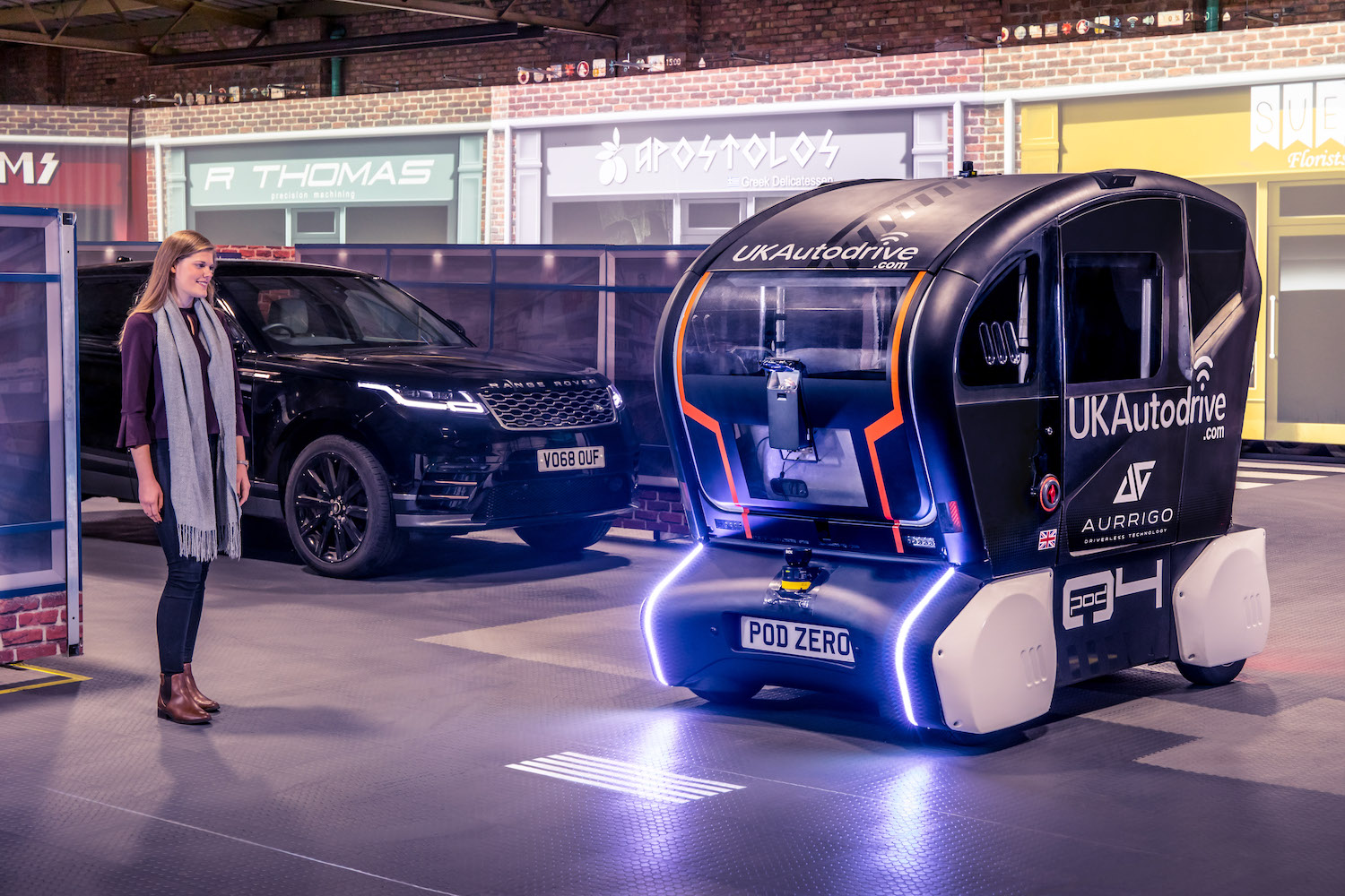 Jaguar Land Rover lights up the road ahead for self-driving cars