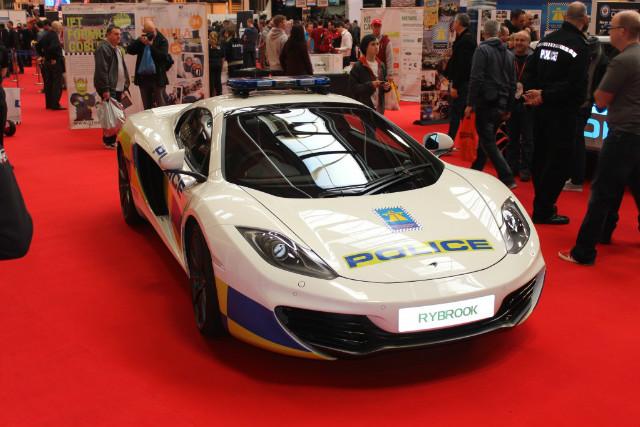 britain 39 s coolest police cars car keys. Black Bedroom Furniture Sets. Home Design Ideas