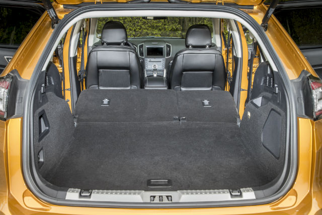 Its Much The Same Story In The Rear And The Edge Beats Even The Audi Q In Terms Of Interior Space Though Anybody Who Wants A Seven Seater Option Will Be
