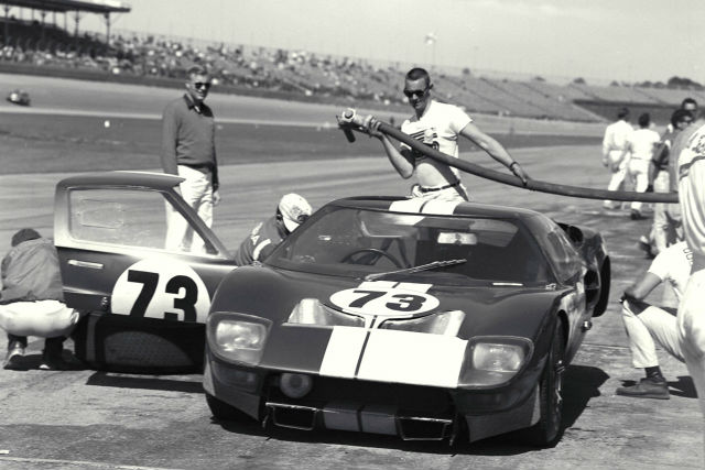 History Of Ford S Gt How Ford Beat Ferrari With Scotch Tape Car Keys