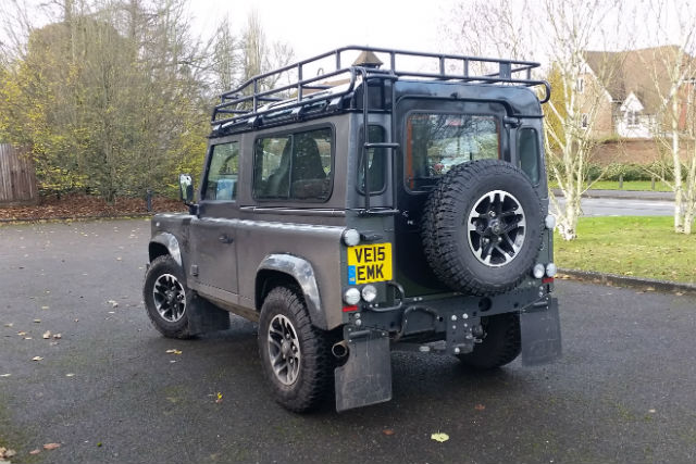 Land Rover Defender Roof Rack And Ladder - 12.300 About Roof