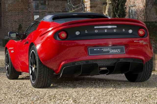 New Lotus Elise Sprint Is One Of The Lightest Sports Cars Ever - Sports cars keys
