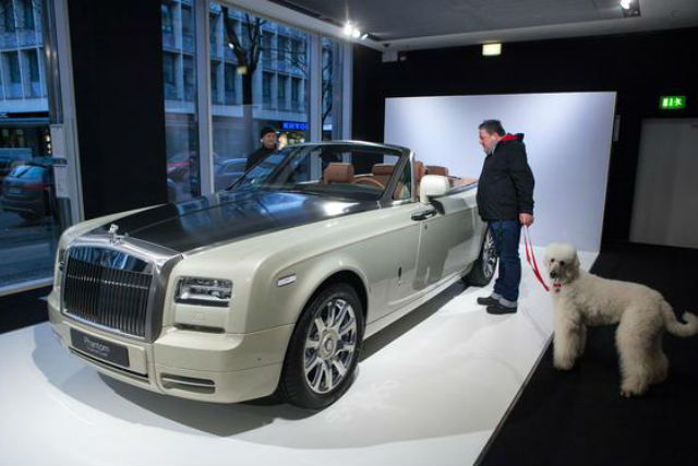 Nine things you didn't know about buying a Rolls-Royce - Car Keys