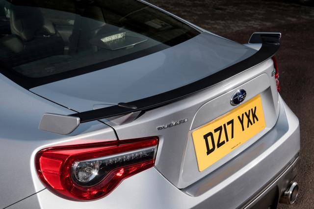 Subaru Brz 2 0 Litre 6mt Se Lux Coupe Review Car Keys
