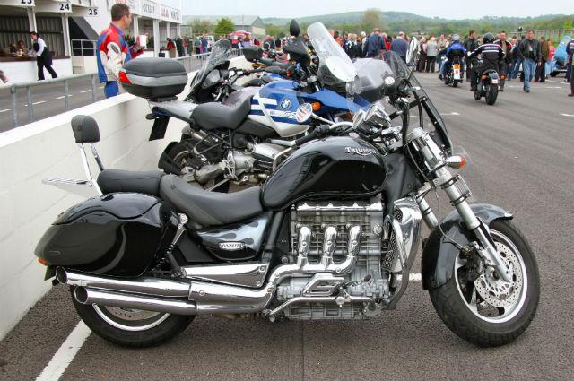 Largest car engine